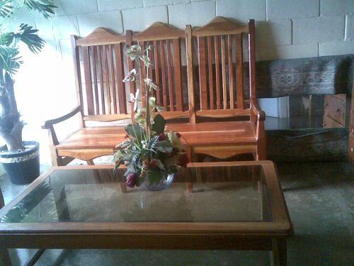 Sillas y mesas de madera para restaurant en san salvador, el ...