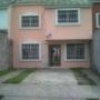 Vendo bonita casa en Villas de Miraflores (Zona Plaza Merliot)