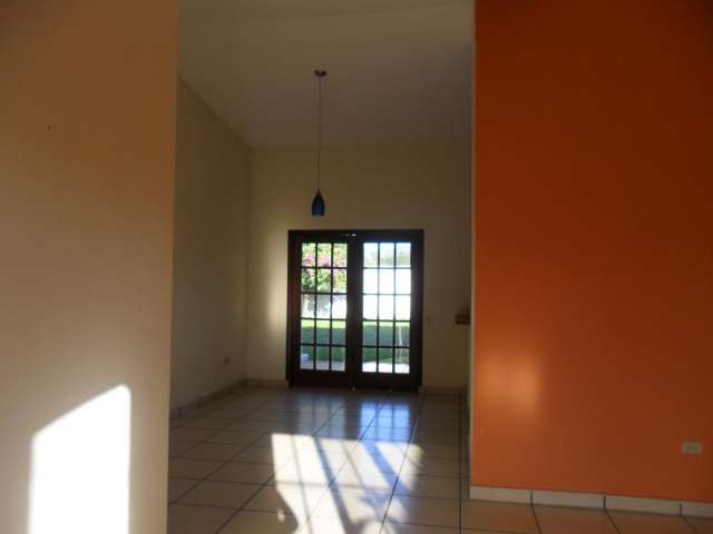 Fotos de Casas en venta en residencial quintas las mercedes de 2 niveles 4