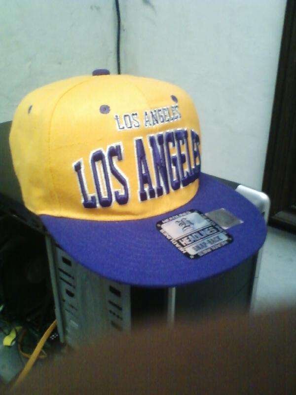Fotos de Vendo!! Gorra plana Los Angeles Lakers - La Libertad ...