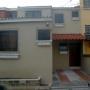 SE VENDE CASA EN RESIDENCIAL PRIVADO, SANTA ANA (Zona Universidad Católica de Occidente)