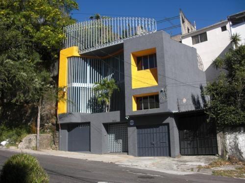 Vendo edificio de oficinas en colonia escalon