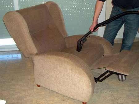 Limpieza en seco de alfombras, muebles, sillas de oficina