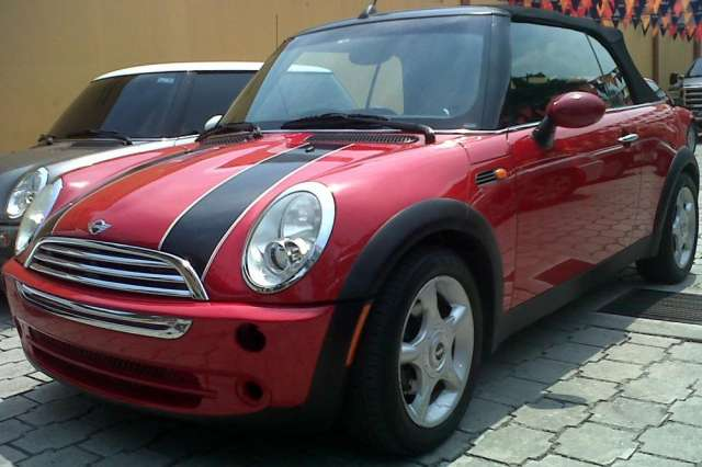 Mini cooper año 2005, full extras, full cuero, mecanico, convertible, edicion deportiva