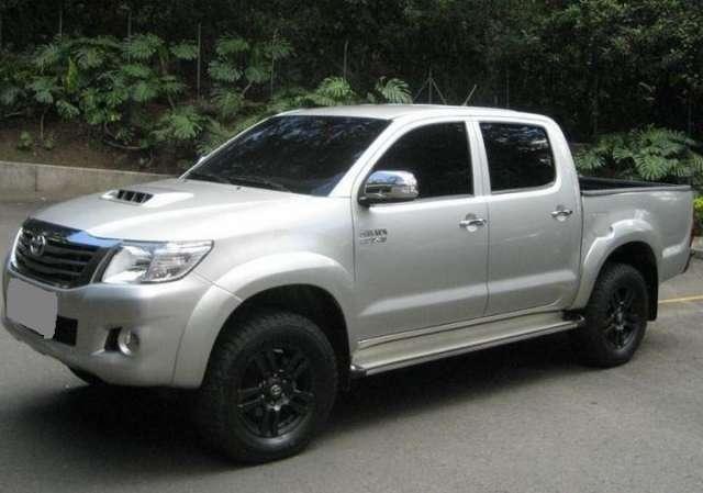 Toyota hilux full !!!