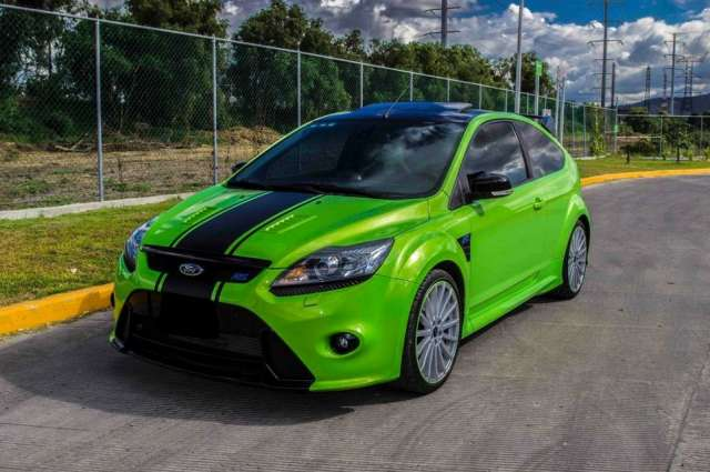 Ford focus rs .