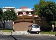 Atención! se vende preciosa casa en residencial lomas de altamira