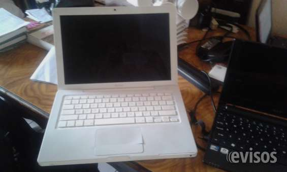 Venta de lapton macbook usada modelo: a1181 precio negociable