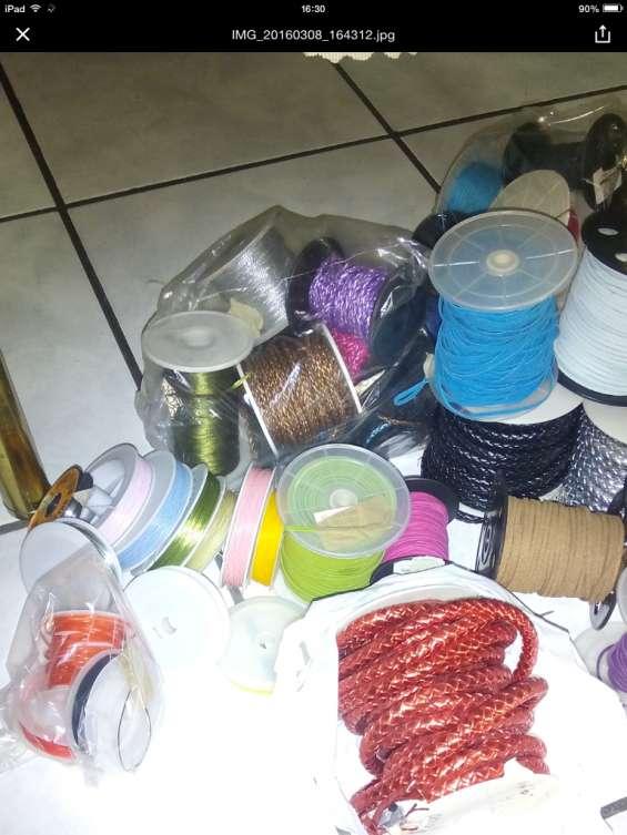 Vendo inventario de materiales  bisuteria por cierre de tienda