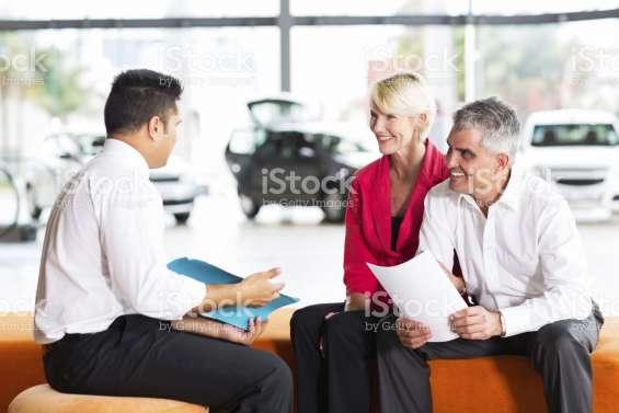 Vendedoras de seguros con experiencia.