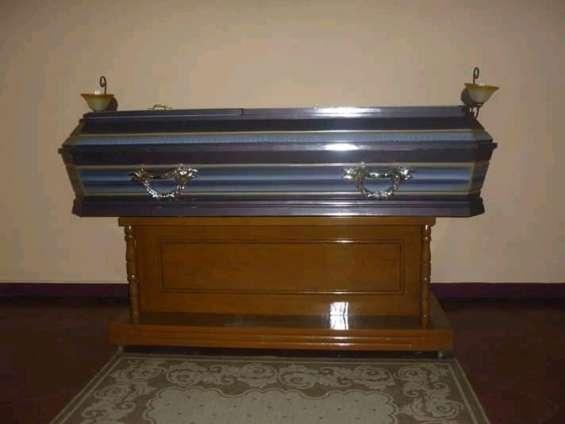 Vendo servicios funerarios